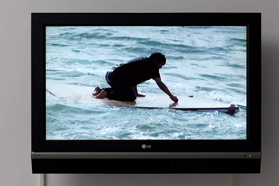 Adel Abdessemed, The Sea, 2008, video, 10 sec (loop), color and sound, edition of 5