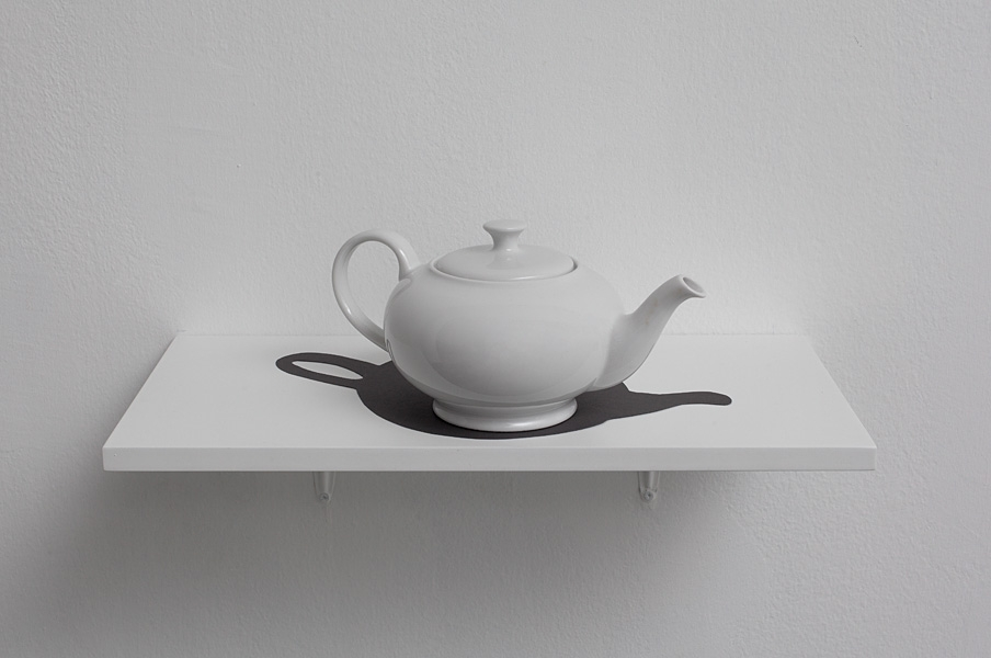 Hans Peter Feldmann, Teapot with Shadow, porcelain and cardboard, 20x35x18 cm