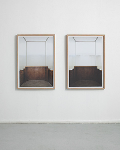 Moshe Ninio, Glass, 2011, two units, archival pigment print, 100X77.2 cm each, edition of 3