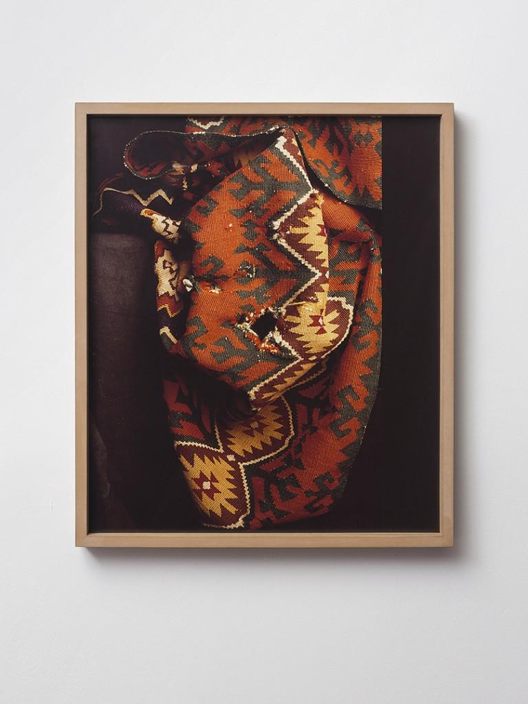 Moshe Ninio, Hole, 1992, Inkjet print, 85 x 70 cm, edition of 3