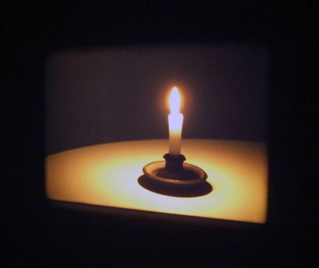 Candle Film, 2009, thirty one, 16 mm films