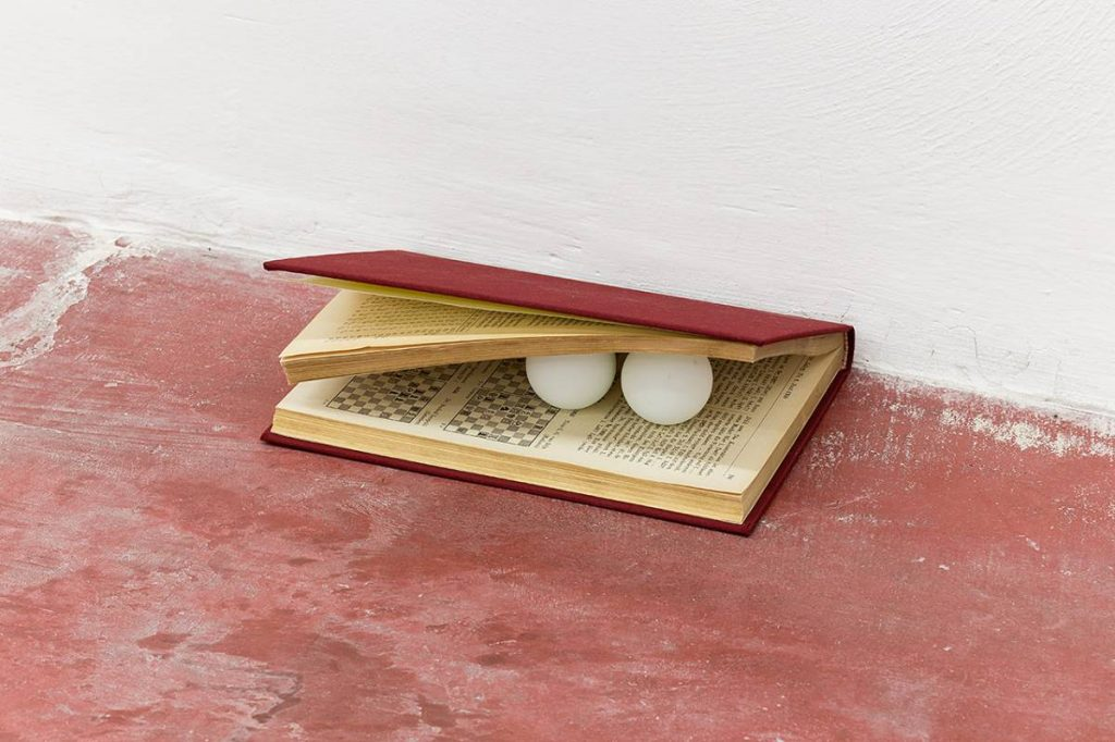 Sarah Ortmeyer, MAGNUS MAGNET Chess magazines, cardboard, linen, one star ping pong balls, 2014
