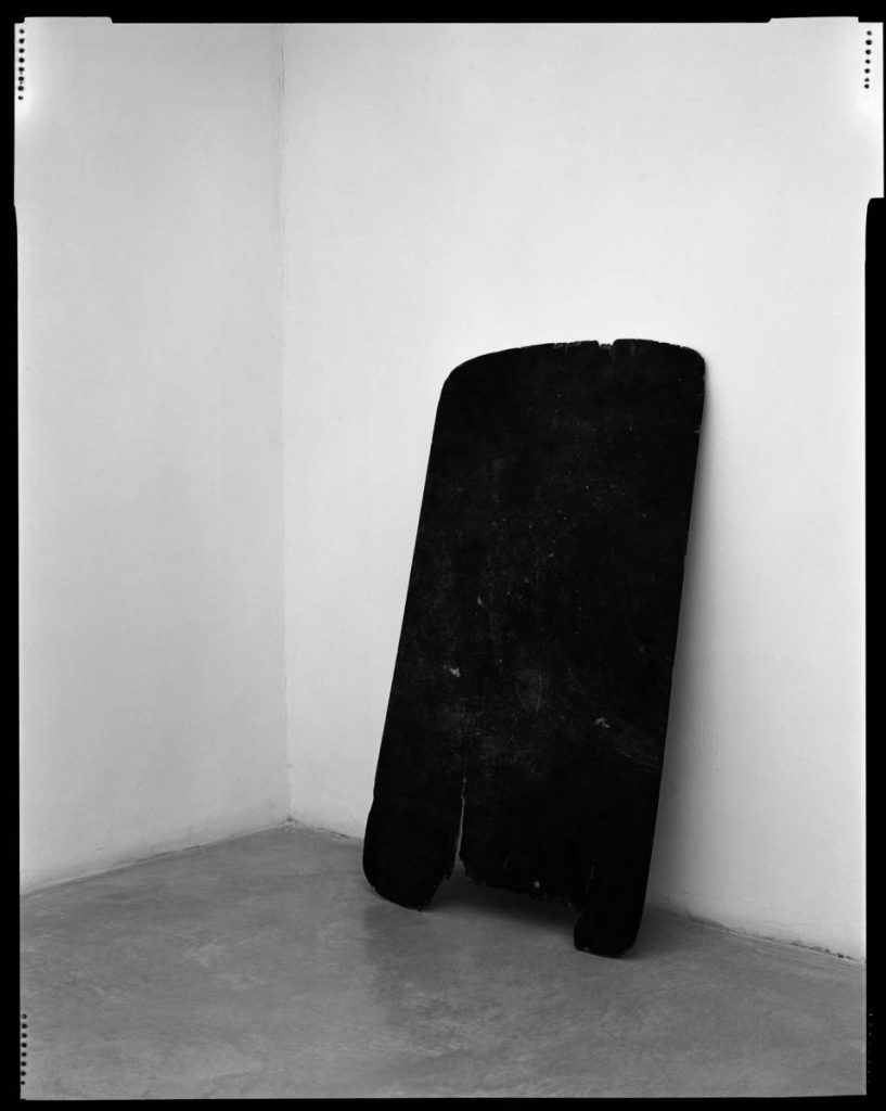 Yanai Toister, Plank Piece I-II, 2009, two B/W photographs, 95 x 120 cm