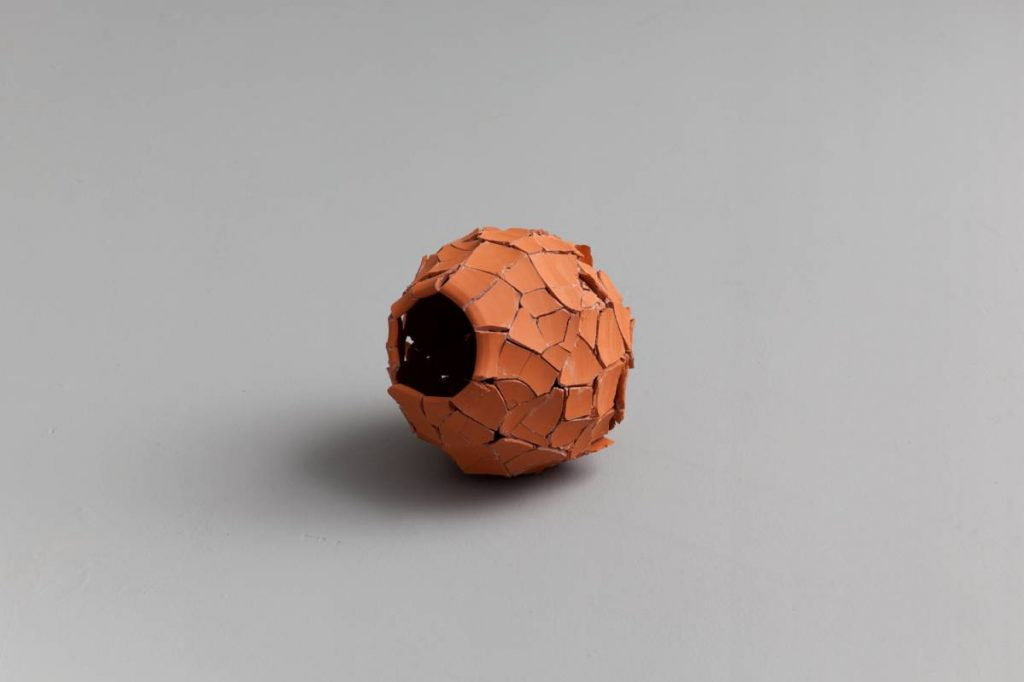 Ariel Schlesinger ,Untitled (Inside Out Urn), 2013, earthenware terracotta, 28x26x23 cm