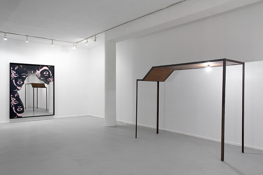 At the gates of Jerusalem, a black sun is alight, 2011, Exhibition view