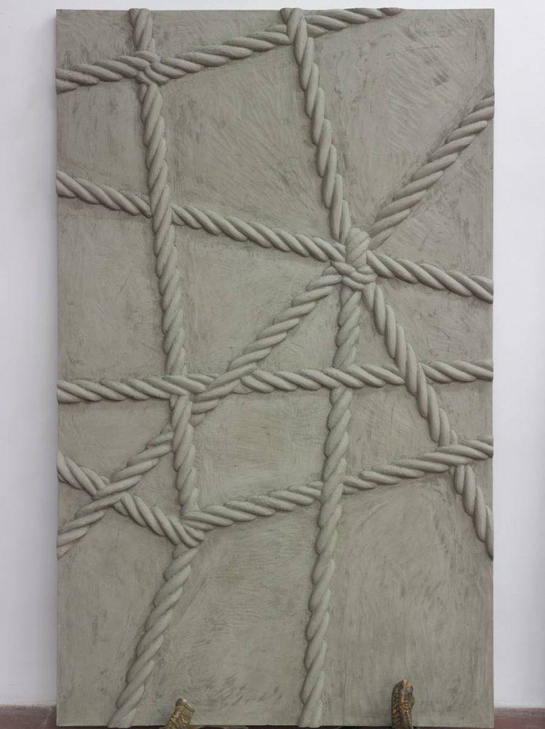 Mircea Cantor, Supposing I could hear that sound. Now, 2015, concrete, 2 shofars, concrete walls 200 x 123 x 6 cm