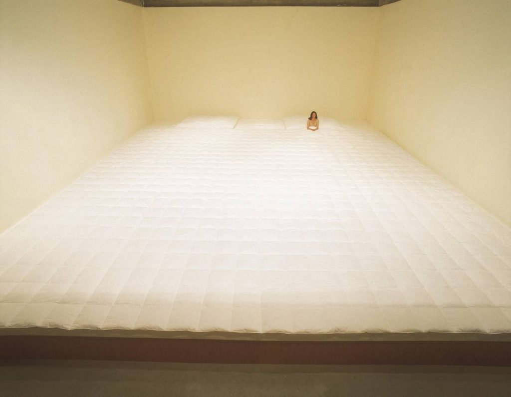 Nelly Agassi, Bedroom, 2005, wood construction, mattresses, quilt, 8.6 x 11.3 m, unique