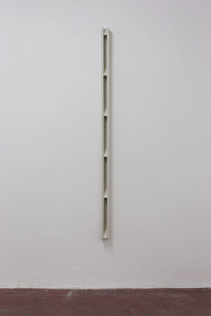 Florian Pumhosl, Plaster Object #1 (Formed speech), 2016, Sealer on plaster, 159 x 6 x 6 cm, unique