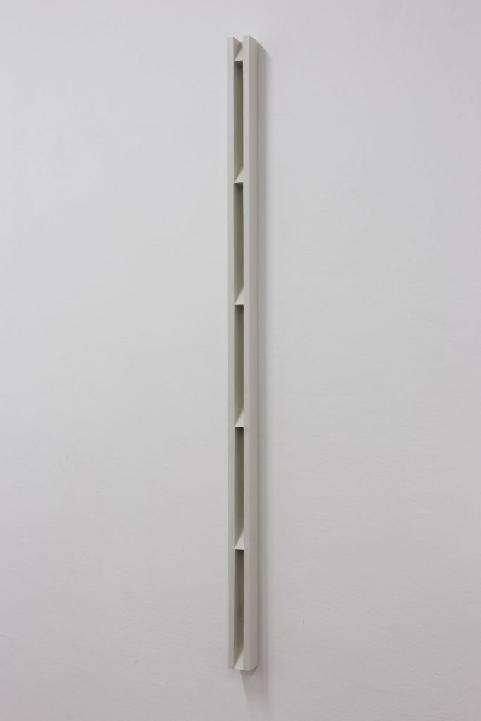 Florian Pumhosl, Plaster Object #1 (Formed speech), (detail), 2016, saler on plaster, 159 x 6 x 6 cm, unique