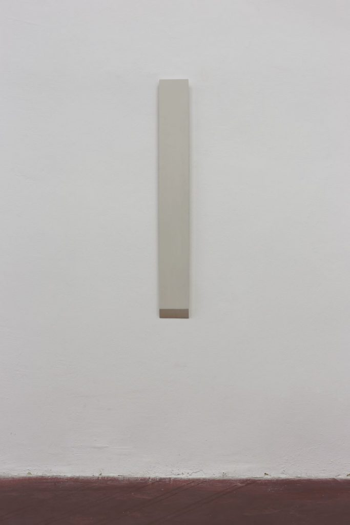 Florian Pumhosl, Plaster Object #4 (Formed speech), 2016, sealer on plaster, 106 x 3 x 13 cm, unique