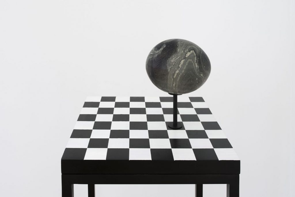 NATALIA II, paint on wood, table, 35 x 35 x 100 cm by Sarah Ortmeyer with MONSTER IV, Ink on ostrich egg, 2016, by Sarah Ortmeyer & Kerstin Brätsch