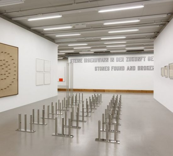 Lawrence Weiner at MMK