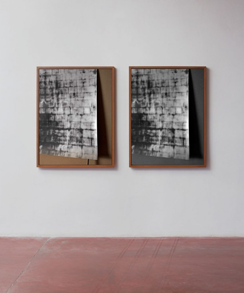Moshe Ninio, Sight I and Sight III, 2016, Inkjet print on archival paper, 120x91.2x5.3 cm each, Edition of 2