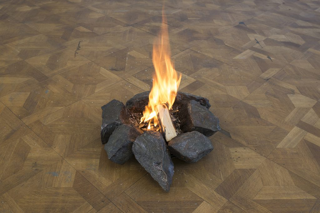 Ariel Schlesinger, Untitled (Campfire), 2017, bronze, wood, 44 x 39 x 10 cm, unique