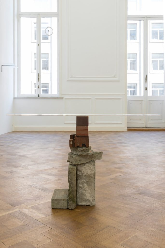Miroslaw Balka, 100 x 36 x 27 cm, 2018, concrete, brick, glass, 100 x 36 x 27 cm, unique