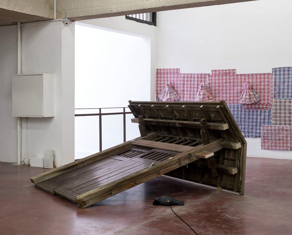 Ariel Schlesinger, Tokio story, 2010-2018, found Japanese gate, 238 x 251 x 127 cm, unique