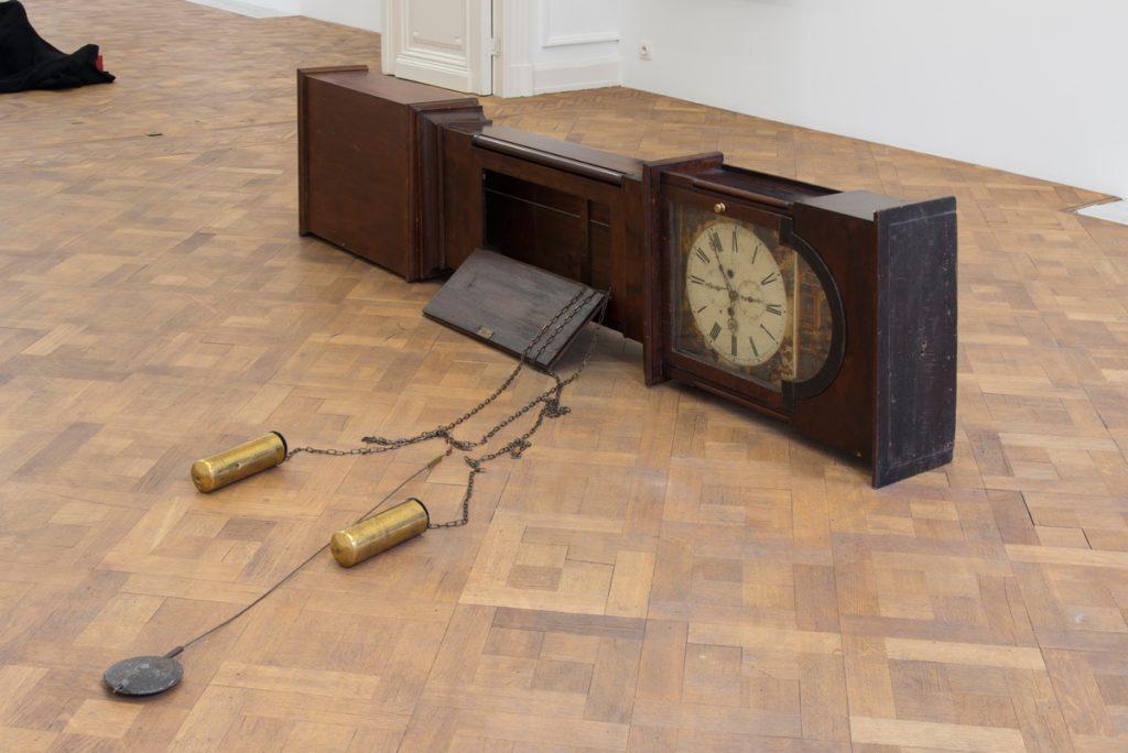 Simon Fujiwara, Untitled (Empire Clock), 2016, grandfather clock, 260 x 230 x 25 cm, unique