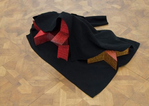 Latifa Echakhch, Le voleur, 2019, coat, polystyrene, glitter, glue, ink, varnish, 102 x 85 x 38 cm, unique (3)