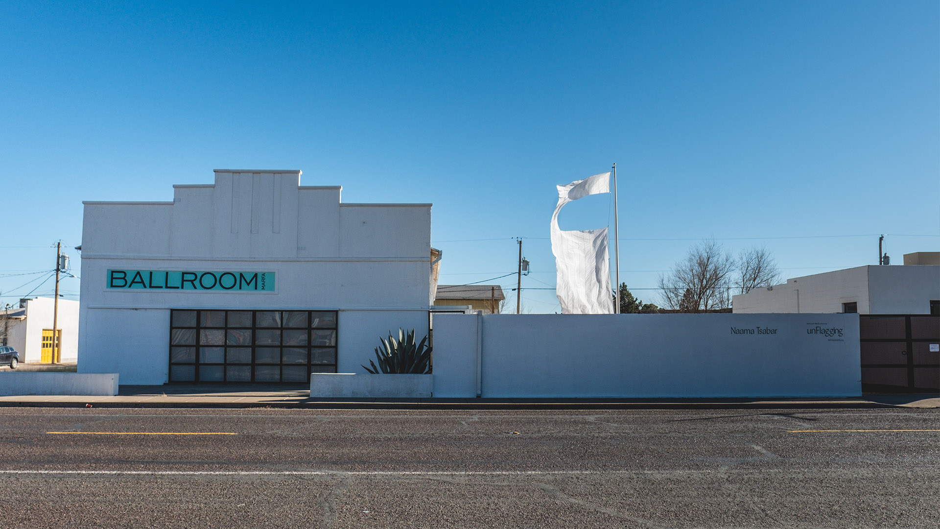 naama-website-marfa
