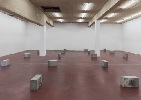 Jonathan Monk,Untitled (minimal means), 2015, concrete, metal ,2015, approximate dimensions 30 x 49 x 20 cm (each), unique