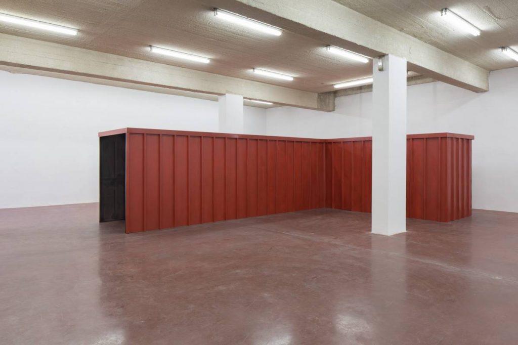 Miroslaw Balka, 200 x 760 x 500  The Right Path, 2008/2015, tin plates, steel, 200 x 760 x 500 cm