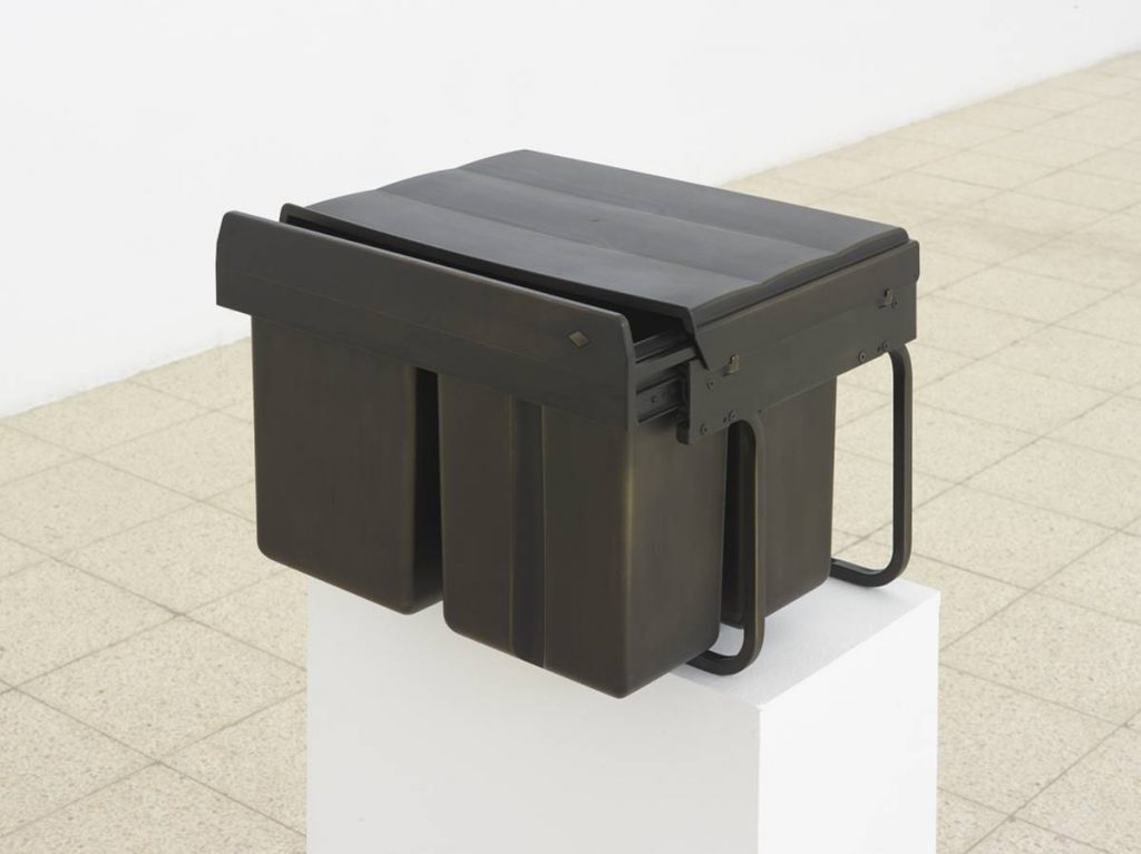Simon Fujiwara, Ich (Trio Shorty), 2015, mixed media and bronze gildin, 45 x 69 x 44.5 cm
