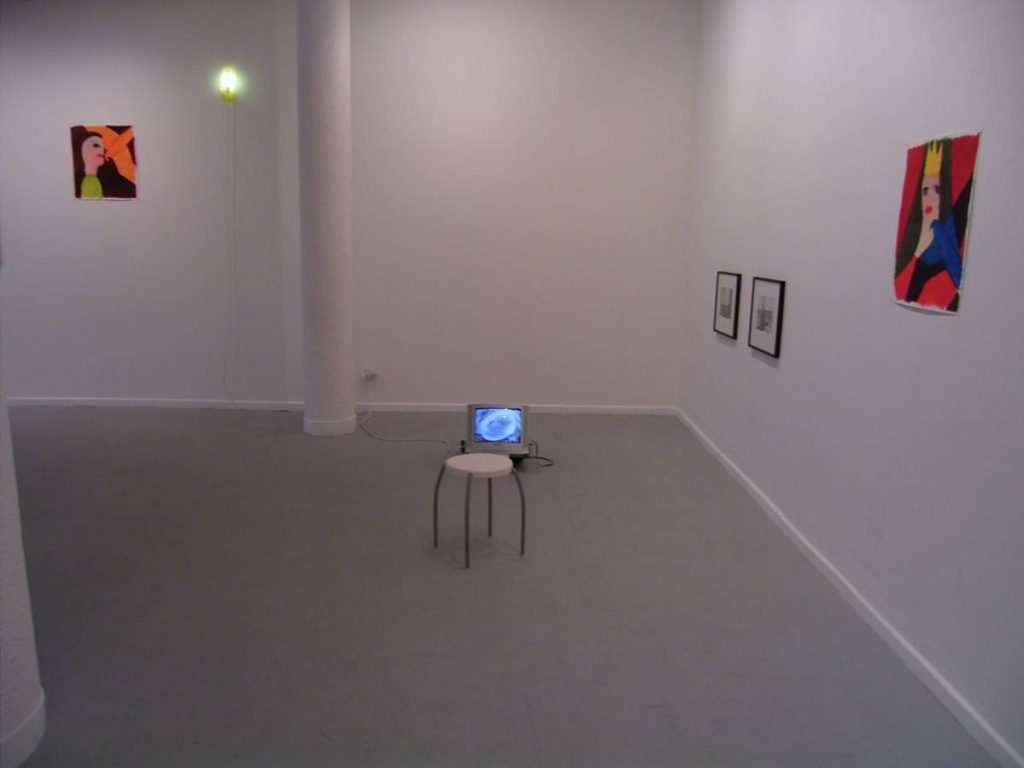 Dvir gallery voyage autour de ma chambre for Autour de ma chambre