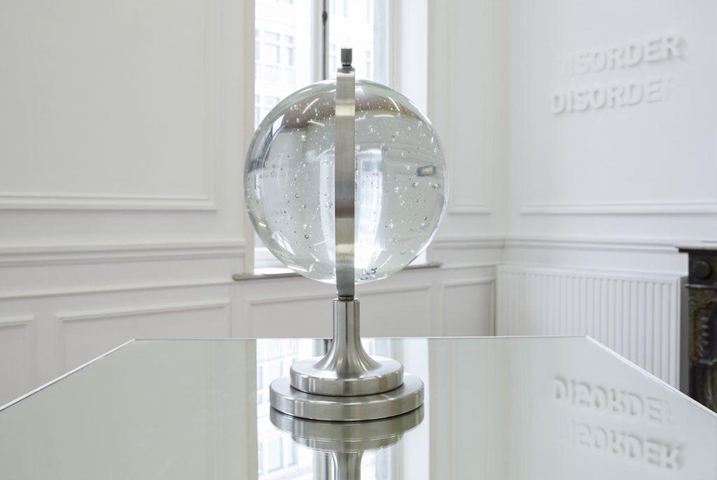 Melik Ohanian, Futuring (cosmos), 2011, Glass, metal, mirror, Glass ball Ø 30 cm, Pedestal and mirror 100 x 100 x 100cm, 1/3