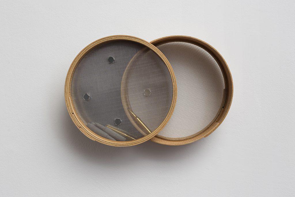 Mircea Cantor, Don't judge, filter, shoot, 2012, mixed media, 25 x 38 x 10 cm, unique