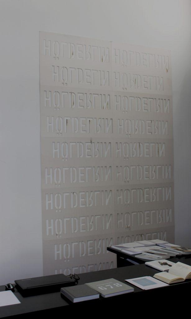 Miroslaw Balka, Hölderlin Hölderlin upside down, 2017, cardboard, cut letters, 298 x 180 cm, unique