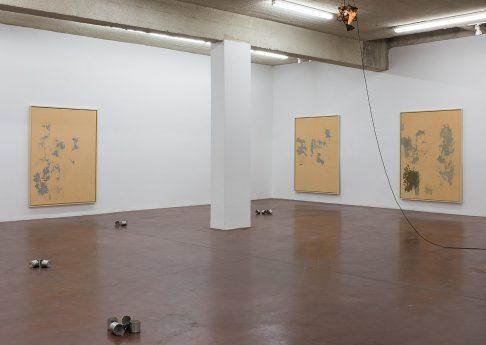 'Nude', 2017, exhibition view, Dvir Gallery, Tel Aviv