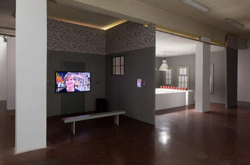 Simon Fujiwara, Hope House, 2017 (exhibition view) The Warehouse