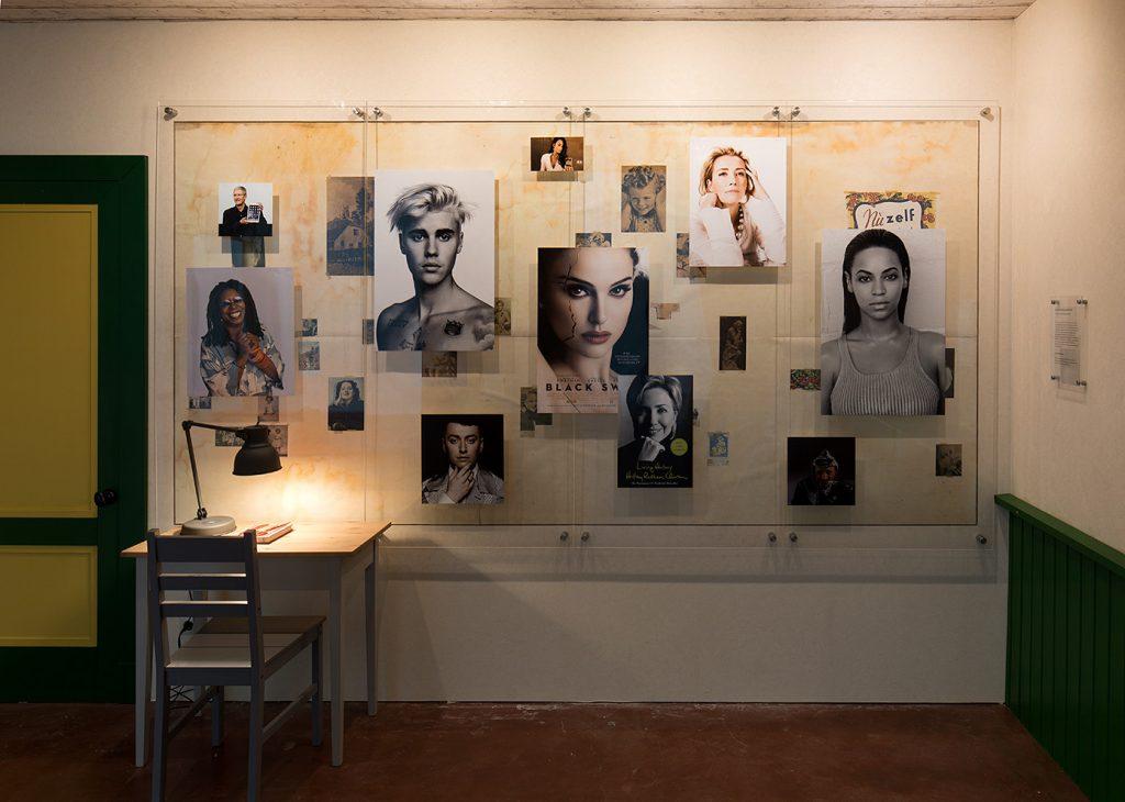 Simon Fujiwara, Anne Frank's Wall, 2017, plexiglas, digital prints, wallpaper, wood, 175 x 328 cm, unique + 1 AP