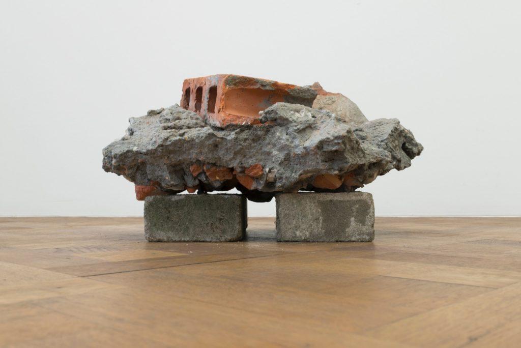 Miroslaw Balka, 50 x 40 x 27, 2018 concrete, brick, mirror 50 x 40 x 27 cm, unique
